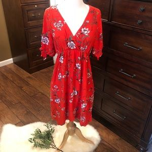 Mama H&M red floral dress